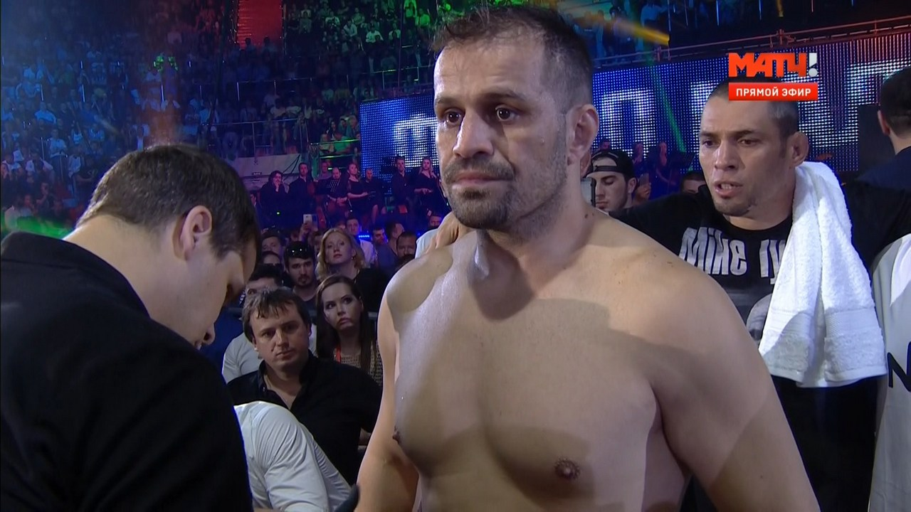 Fight Nights: Ф. Емельяненко (Россия) - Ф. Мальдонадо (Бразилия) | HDTVRip 720 | 50fps